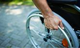 in rolstoel na ongeval op werk